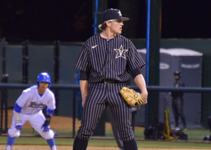 8e243d149b8 Vandy s Carson Fulmer doesn t get fazed with men on base (Aaron Fitt)