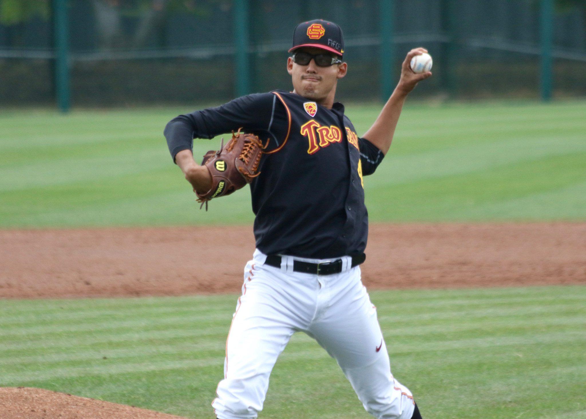Bernardo Flores, USC