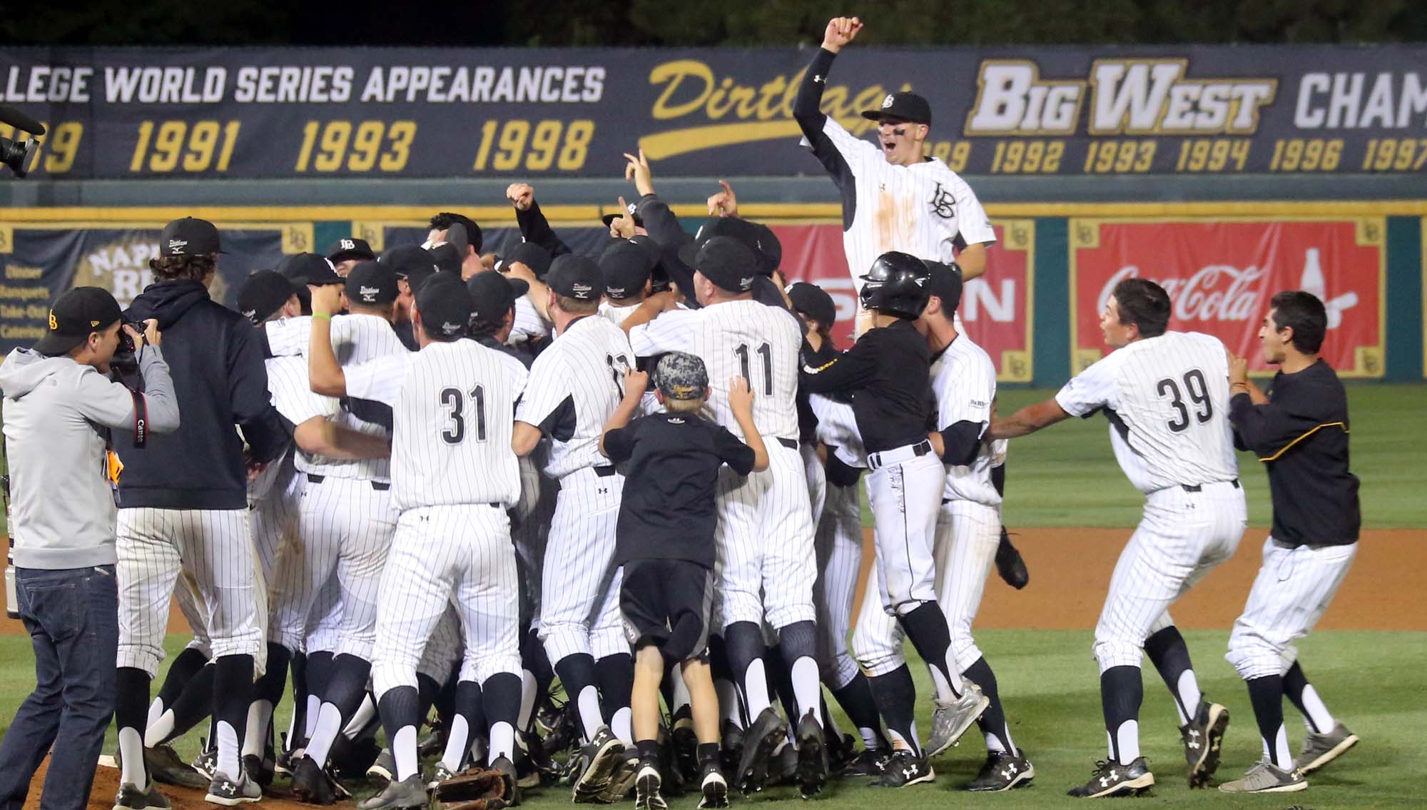 Long Beach State Non-Dogpile